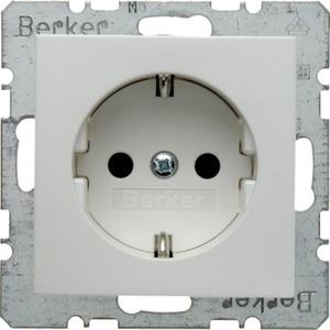 Berker SCHUKO-Steckdose mit erhöhtem Berührungsschutz S.1/B.3/B.7 weiß matt