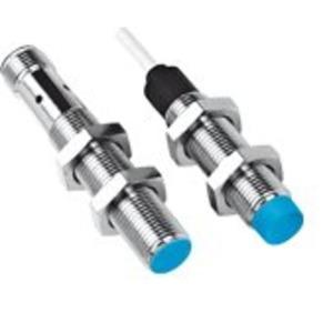 Induktiver Näherungssensor IM12 4-polig Stecker M12