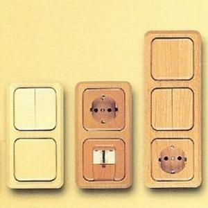Zentralplatte Holz für Antennensteckdosen Eiche gebeizt